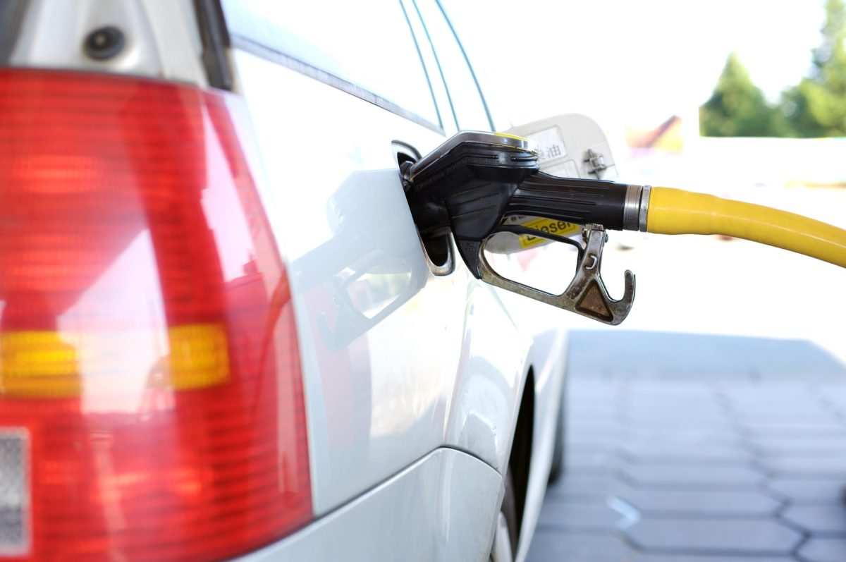 Learn the basics about protecting your gas station with bulletproof glass and ballistic features